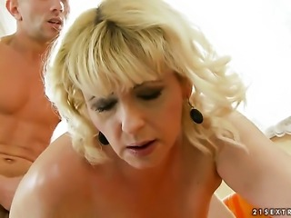 Blonde Barbie makes her dirty dreams a come to life with dudes worm in her mouth