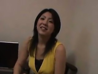 Amateur Japanese Mother Loves To Fuck