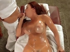 Big racked wet MILF Janet Mason spreads for masseur