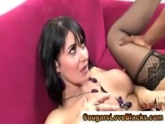 Sexy mature interracial bitch gets a cumshot free