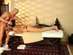 Tall ebony bombshell Serena Ali got a nice massage n fucked