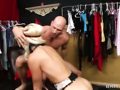 Johnny Sins gets pleasure from fucking extremely horny Alena Crofts muff
