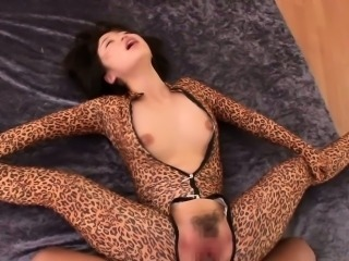 Flexible cosplay babe doing splits on a cock