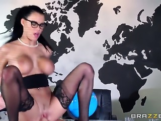 Johnny Sins makes Peta Jensen with huge knockers suck his thick rod non-stop