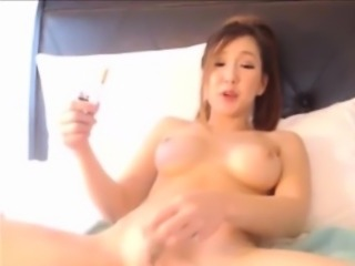 Half asia babe masturbation cumshow with vibrator