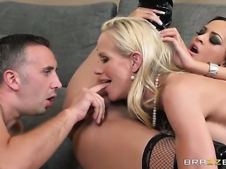 Simone Sonay with juicy jugs loves to fuck and cant say No to hard dicked dude Keiran Lee