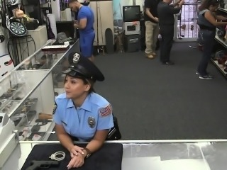 Latina policewoman flashing bigass for cash