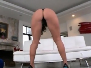 Phat ass ho Nikki Sexx asshole smashed by massive hard cock