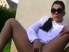 Babe Masturbating And Squirting Outside