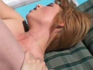 milf gets it from the pool guy