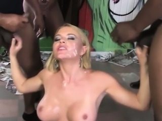 Bukkake blonde sucks bbc
