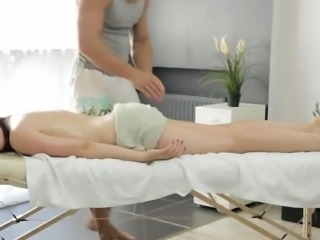 Big titty Russian lady gets a sensuous massage