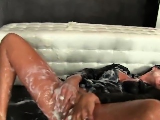 Glory hole clit rubbing