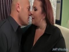 Fat Ass Lady Lynn eats cum free
