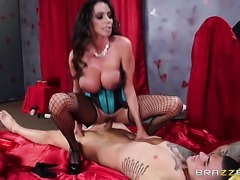 Ariella Ferrera wants this blowjob session with hard dicked guy Clover to...