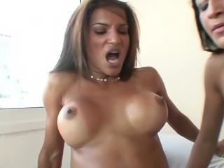Claudia Bella, Belinha Anne & Castro