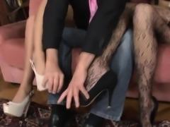 Cumswap ass loving lesbos