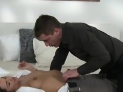 Hirsute pussy Milf banged in bed