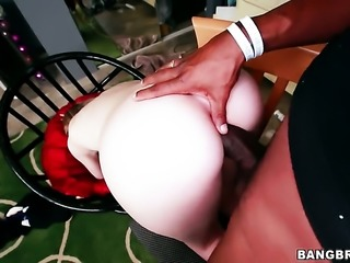 Summer Carter and horny dude enjoy sex too much to stop