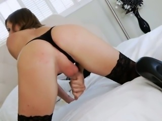 Cute tranny Sienna Grace and a guy ass fucking in bed