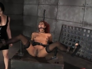 Hot model anal gangbang