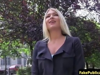 Public euro amateur pussyfucked on backseat