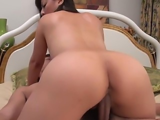 This busty Asian beauty and her natural big tits are something that any man would want in bed. Those tits are used for an epic tit job thats prior to nice fuck