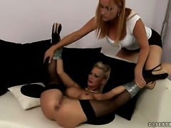 Blonde Katy Parker with big melons gets her bush attacked by lesbian Pearl...