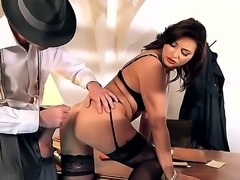 This video features Danny D, a man who pulverizes any bimbo that he pierces...