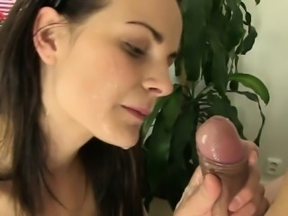 Italian amateur sucking big cock