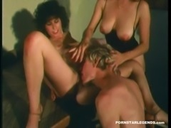 Vintage porn sluts ass fucked in hard threeway