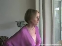 Amateur MILF Gets Used free