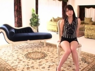 Gorgeous Japanese babe facialed after pounding