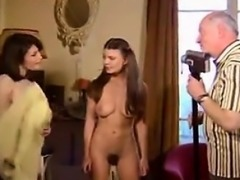 Deux jeunes baise un homme agee - Pussy from CHEAT-DATE.COM
