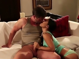 Hot asian slut Asa Akira spreads her legs wide open and gets her trimmed...