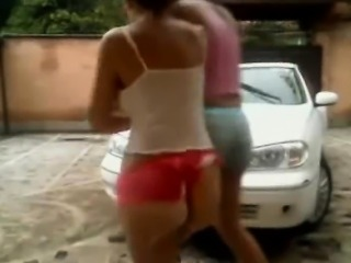 2 Hot Webcam Girls Was A Car Naked