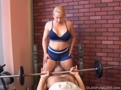 Super sexy mature blonde enjoys a facial cumshot free