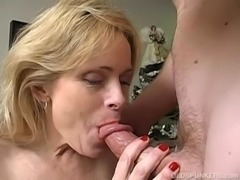 Very sexy mature babe loves a sticky facial cumshot free