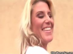 Blonde soccer milf gets facial free