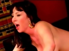 Harvard MILF seduce horny student