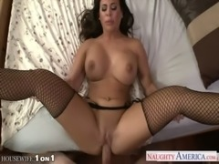 Horny housewife Alexa Pierce take cock in POV style free
