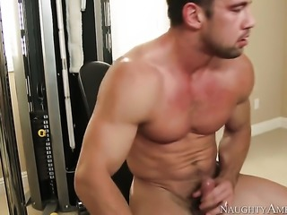 Johnny Castle stretches beautiful Ash Hollywoods cunt with his rock solid man meat to the limit