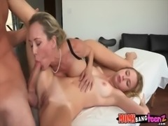 eating moms pussy while she gets fucked by boyfriend free