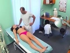 Doctor fucked amateur brunette patient