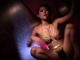WAM asian pornstar Anjie Esuwan in a bikini