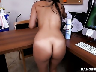 Soffie with big bottom satisfies guys sexual needs and desires and then gets...