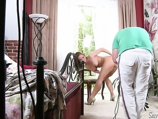 Silvia Saint cant stop touching her fuck hole