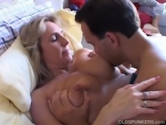 Wanda is a beautiful big tits mature babe who loves to fuck free