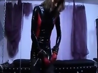 latex girl in chain bonda - waiting at dom-match.com