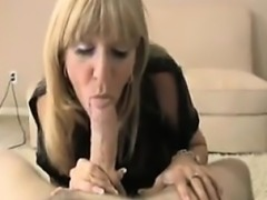 Date me on MILF-MEET.COM - Mature Mom making not her